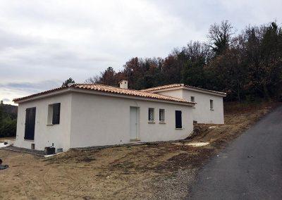 Construction de villa - Finition enduit frotassé