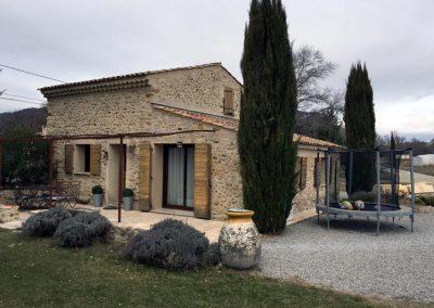 Rénovation et extension d'un cabanon pour création d'une villa