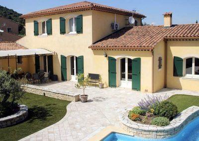 Villa traditionnelle construite à Villeneuve, 04